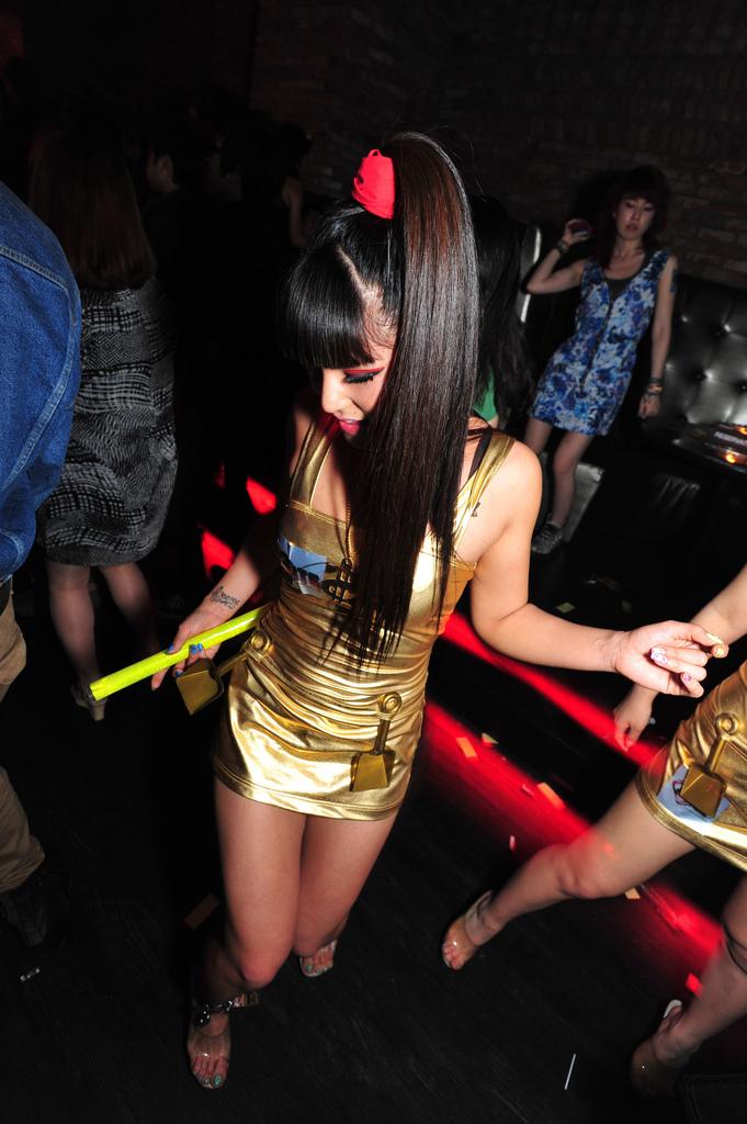 Приколы в клубах фото 11 фотография