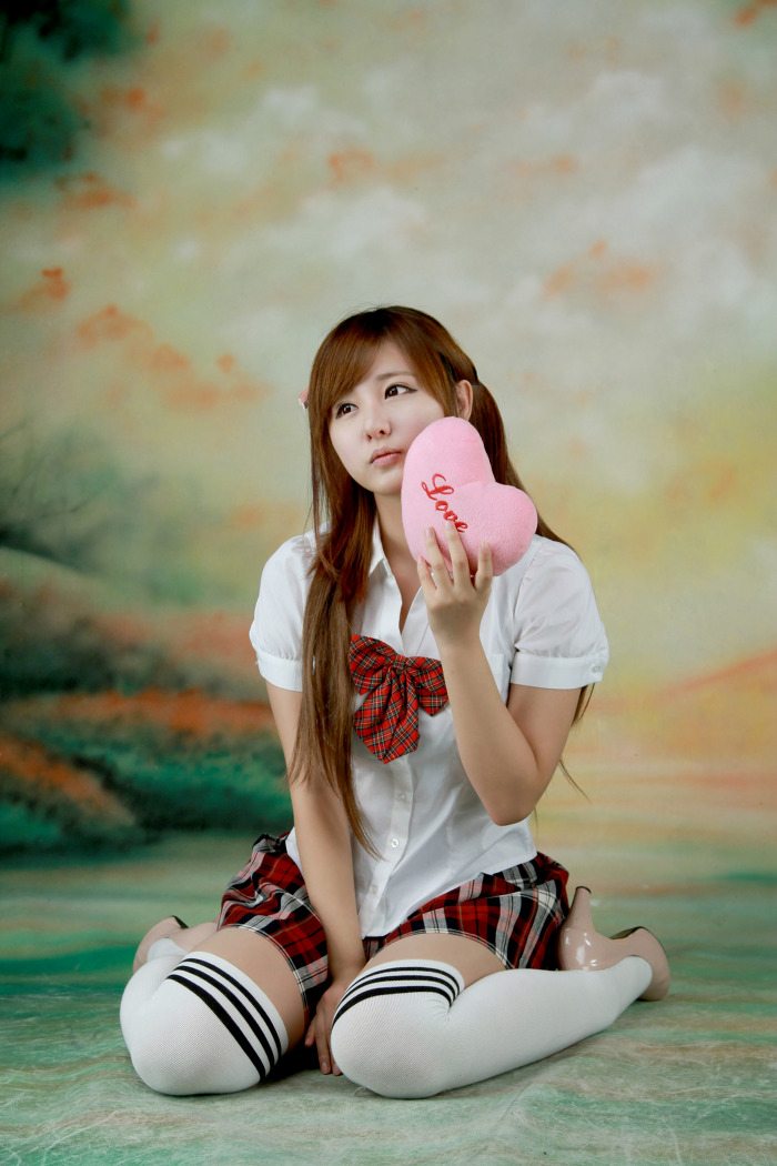 Ryu Ji Hye Korean Model in Student uniform page - Milmon