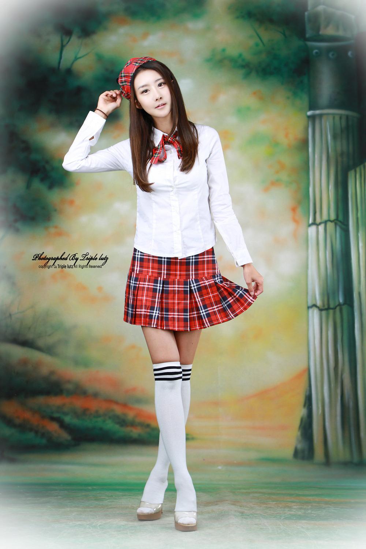 Korean girl sexy in student uniform on page 1 - Milmon